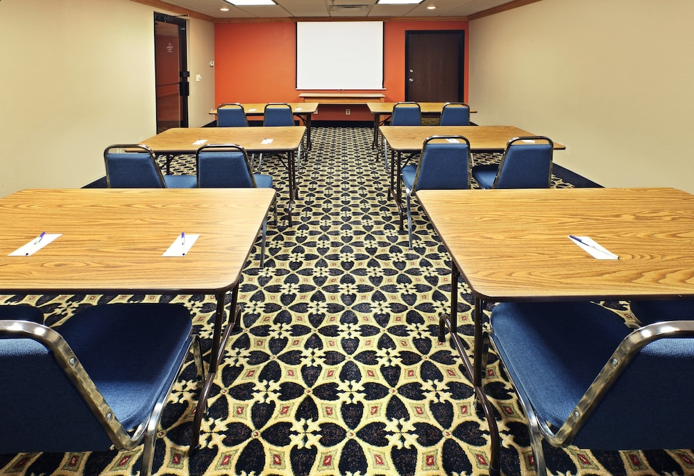 Meeting Facility, Holiday Inn Express Fayetteville- Univ of AR Area