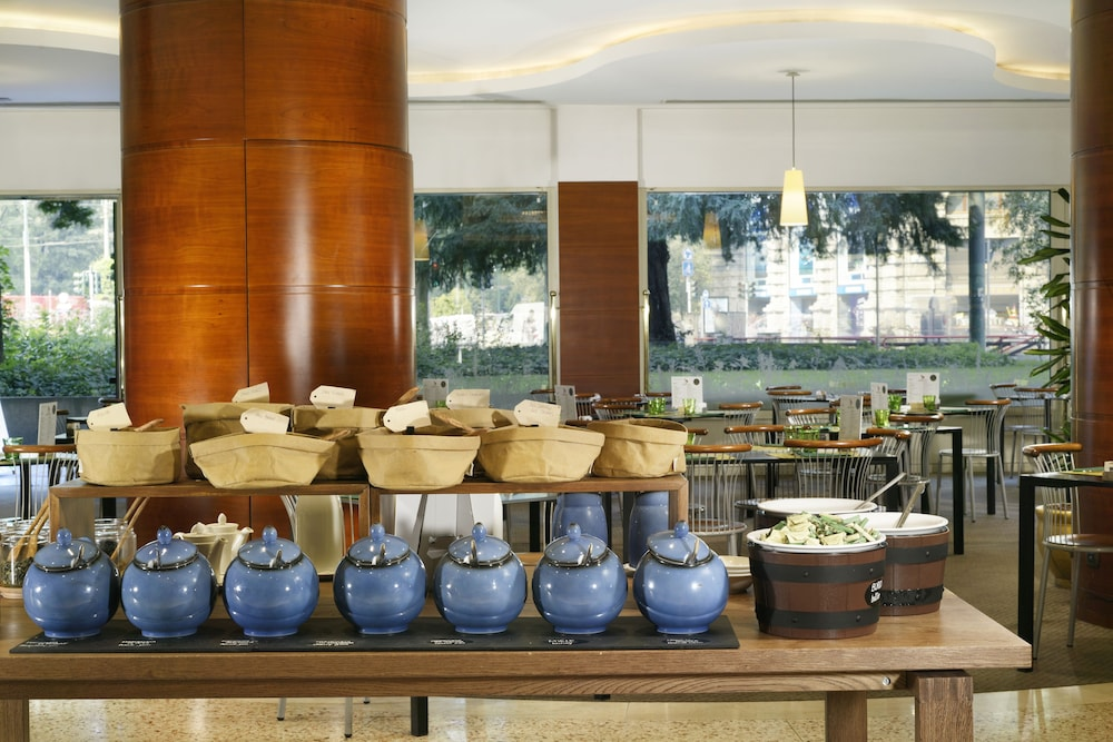 Breakfast Meal, UNAHOTELS Cusani Milano