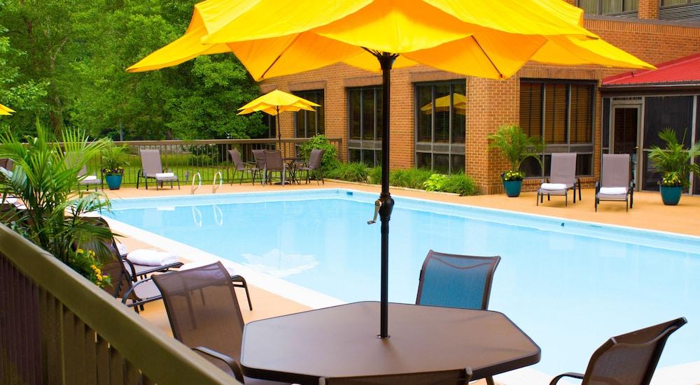 Wyndham Garden Williamsburg Busch Gardens Area 2017 Room Prices Deals Reviews Expedia
