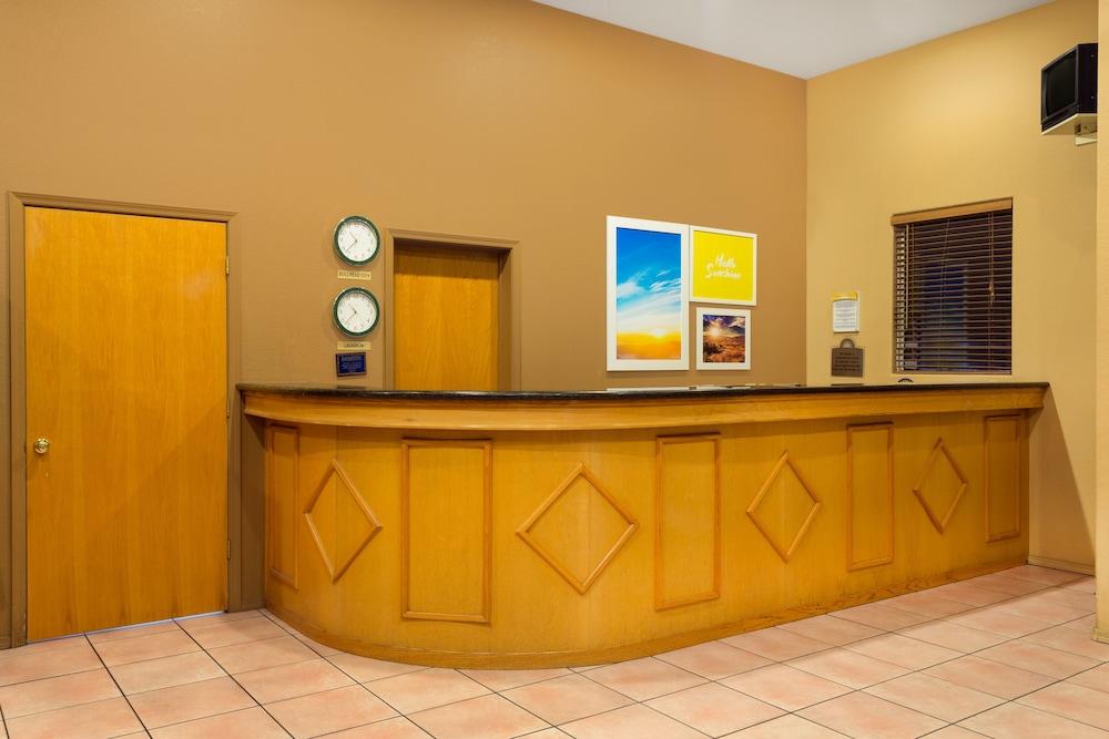 Days Inn by Wyndham Bullhead City in Bullhead City, AZ | Expedia