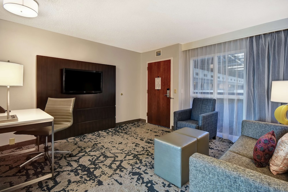 Living Area, Embassy Suites by Hilton Montgomery Hotel & Conference Ctr
