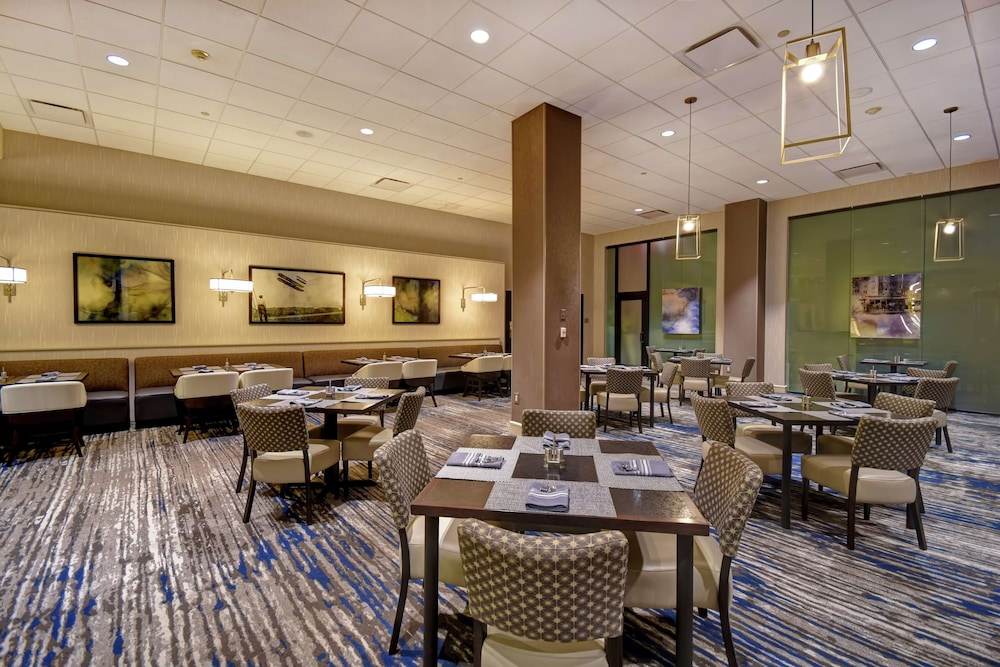 Restaurant, Embassy Suites by Hilton Montgomery Hotel & Conference Ctr