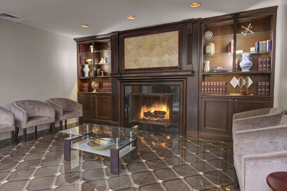 Fireplace, The Roslyn, Tapestry Collection by Hilton