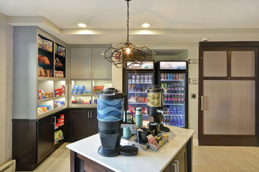 Snack Bar, Homewood Suites by Hilton Indianapolis Carmel