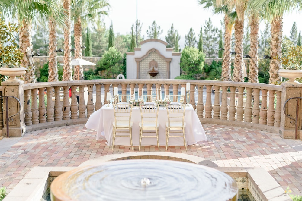 Outdoor Wedding Area, Hotel Encanto de Las Cruces