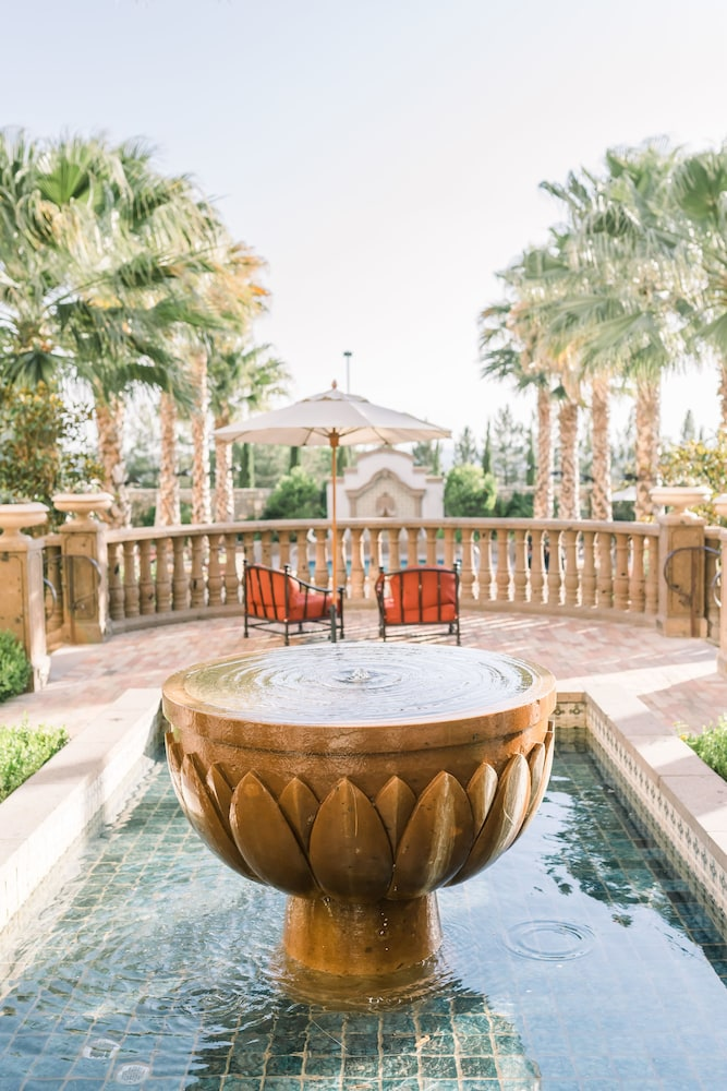 Fountain, Hotel Encanto de Las Cruces