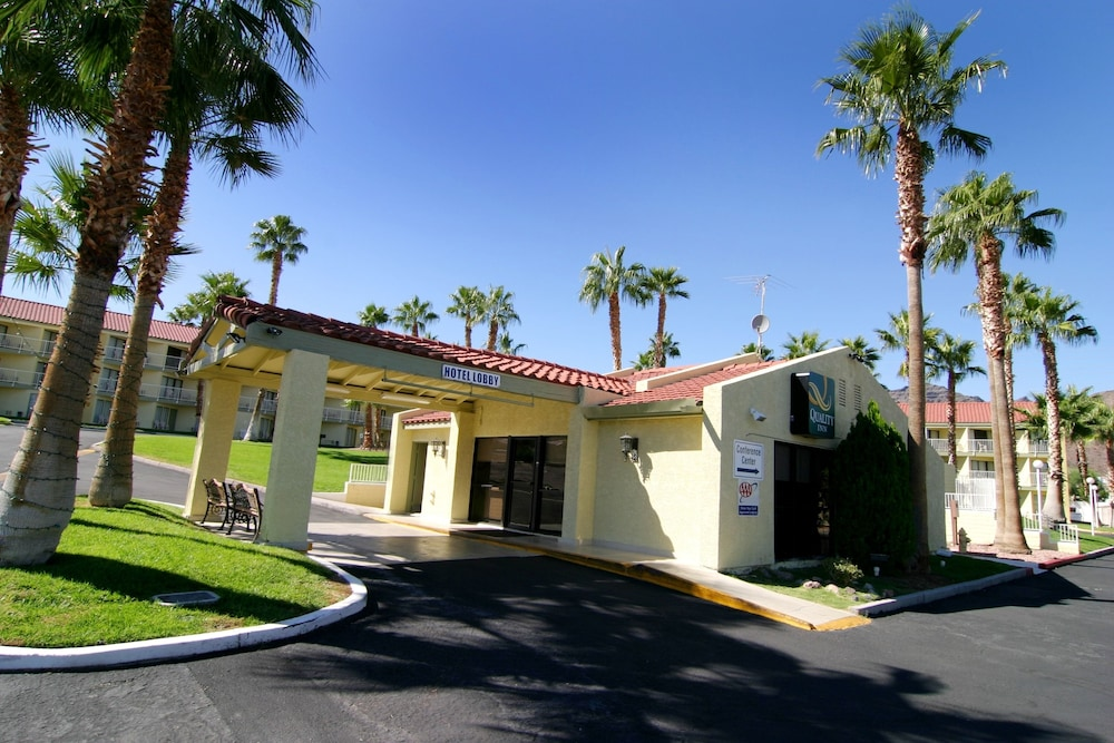 Front of Property, Quality Inn Boulder City