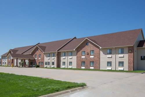 Great Place to stay Days Inn by Wyndham Grand Island near Grand Island