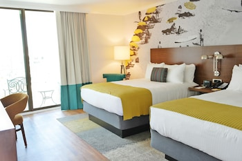 Royal Room, Tower (Newly Renovated Royal Palm) - Guestroom