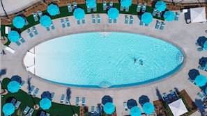 2 piscinas al aire libre, cabañas de piscina (de pago), tumbonas