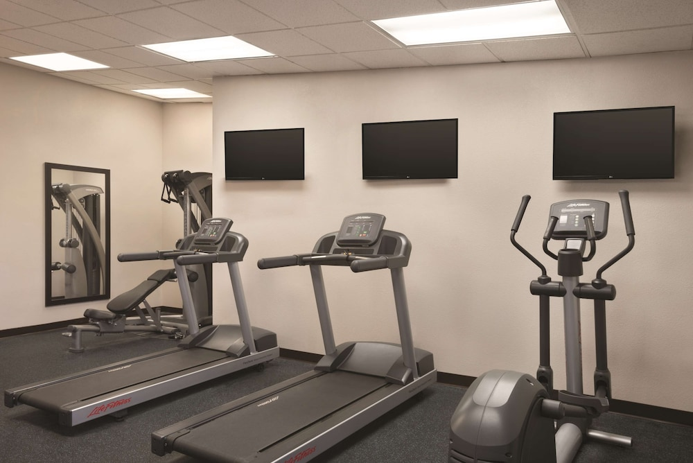 Fitness Facility, Country Inn & Suites by Radisson Indianapolis East