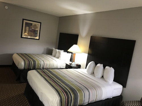 Country Inn & Suites by Radisson Indianapolis East