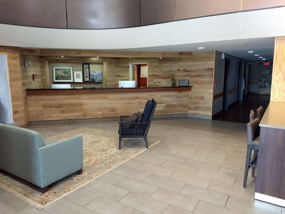 Lobby, Country Inn & Suites by Radisson Indianapolis East