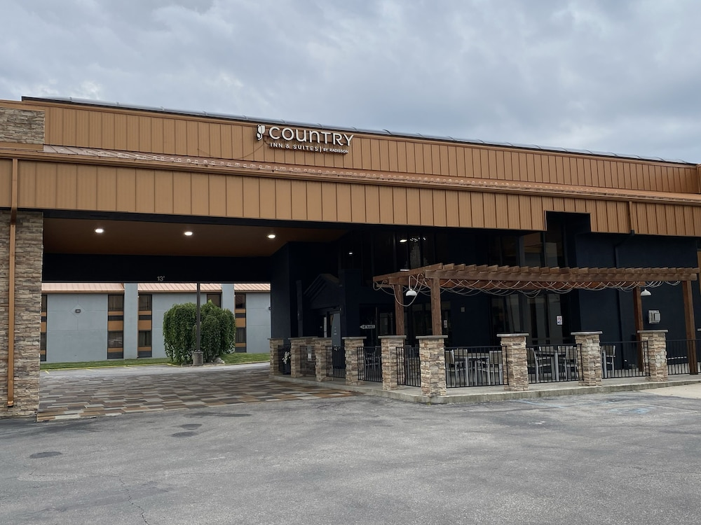 Exterior, Country Inn & Suites by Radisson Indianapolis East