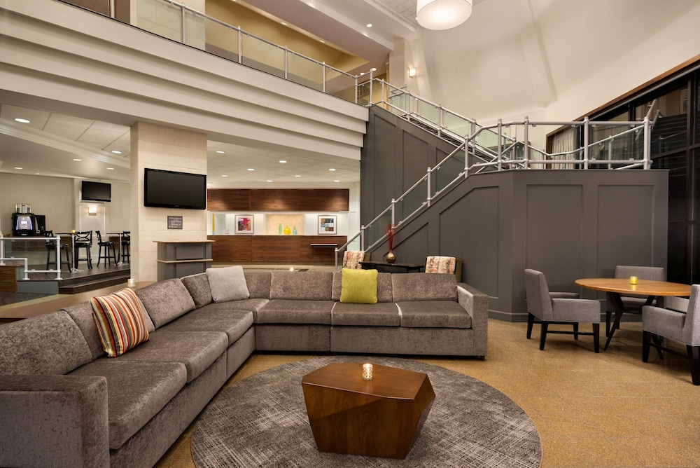 Crowne Plaza Englewood In Fort Lee Paramus Hotel Rates Reviews On Orbitz