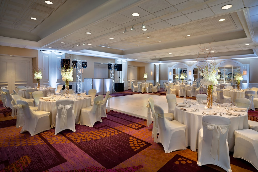 Banquet Hall, Crowne Plaza Englewood, an IHG Hotel