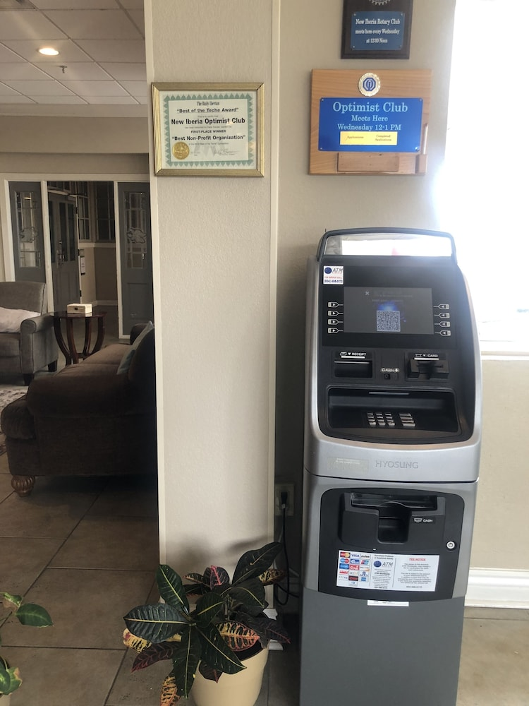 ATM/Banking On site, Ramada by Wyndham New Iberia