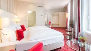 Allergikerbettwaren, Pillowtop-Betten, Zimmersafe, individuell dekoriert