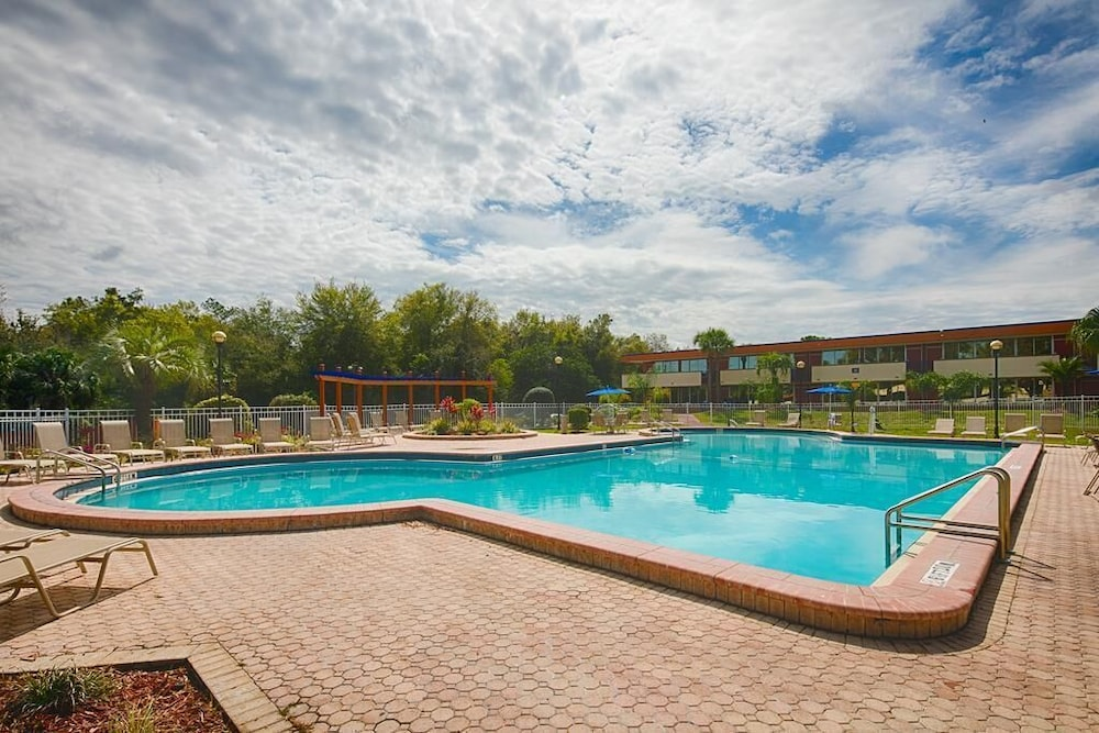 Outdoor Pool, Maingate Kissimmee Hotel