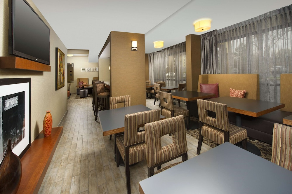 Restaurant, Hampton Inn Rochester-Greece