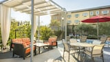 Ayres Hotel & Suites Costa Mesa/Newport Beach - Costa Mesa Hotels