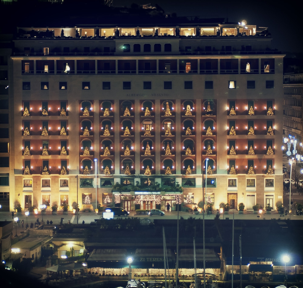 Grand hotel vesuvio in naples hotel rates reviews in for Hotels naples
