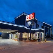 Best Western Plus Milwaukee West