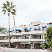 Travelodge by Wyndham San Clemente Beach