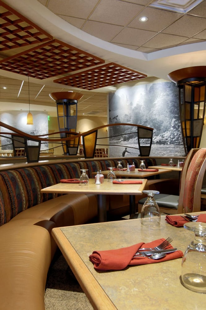 Restaurant, DoubleTree by Hilton Hotel Denver - Stapleton North
