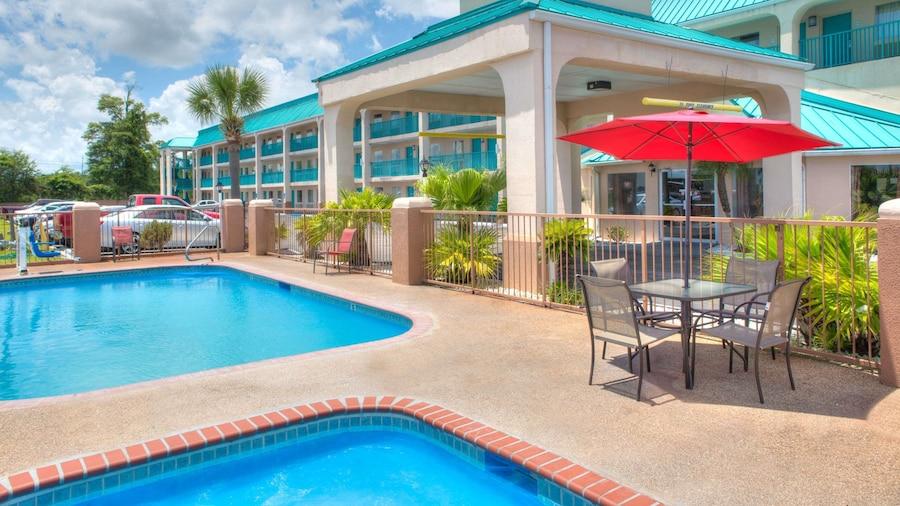 Days Inn by Wyndham Gulfport