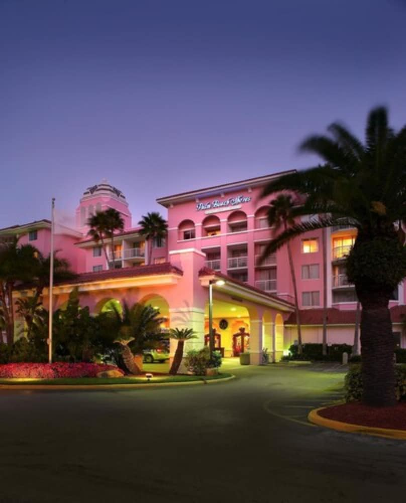 Exterior, Palm Beach Shores Resort and Vacation Villas
