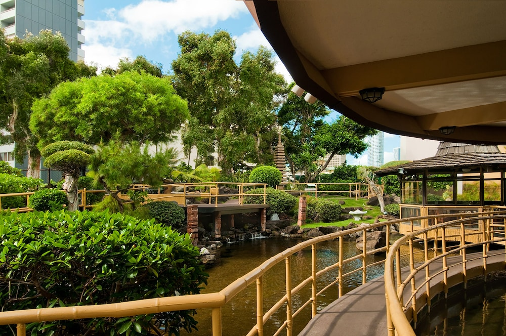Pagoda Hotel Deals Reviews Honolulu United States Of