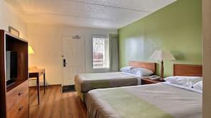 Camas com colchões pillow-top, cortinas blackout, Wi-Fi de cortesia