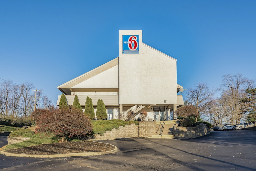 Featured Image, Motel 6 Cincinnati, OH - Central - Norwood