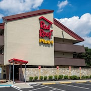 Red Roof Inn PLUS+ Secaucus - Meadowlands - NYC