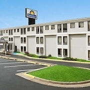 Hotels In James Madison University Days Inn Harrisonburg