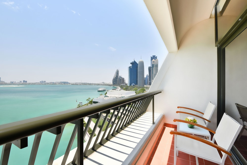 Terrace/Patio, Sheraton Grand Doha Resort & Convention Hotel