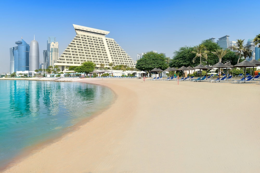 Beach, Sheraton Grand Doha Resort & Convention Hotel