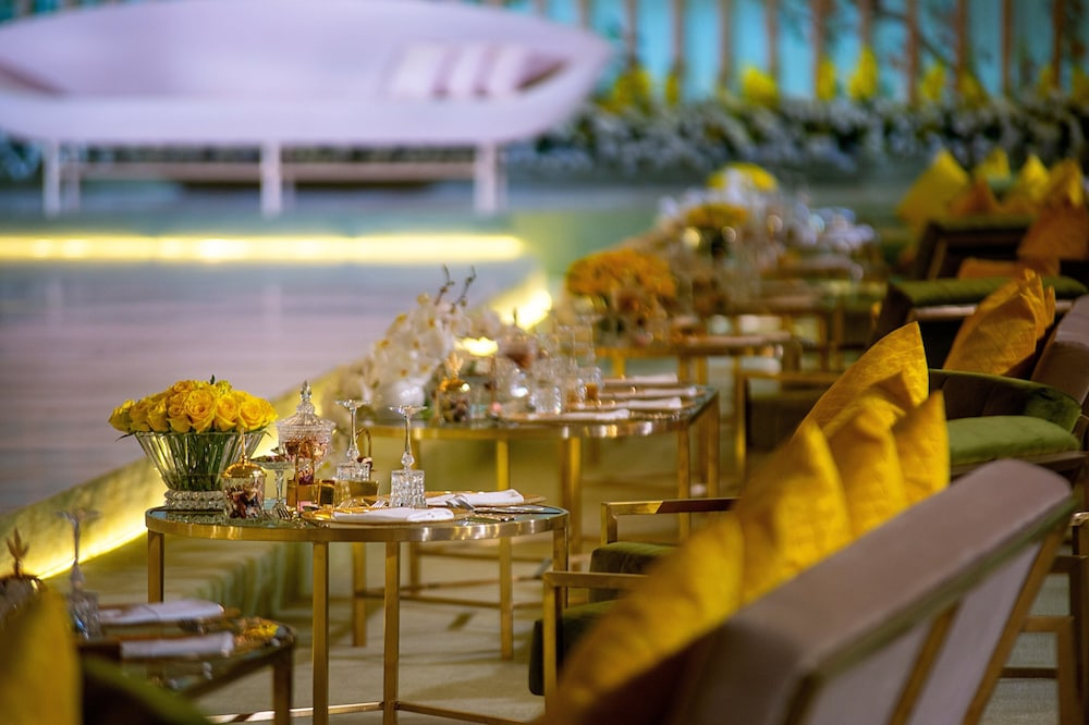 Restaurant, Sheraton Grand Doha Resort & Convention Hotel