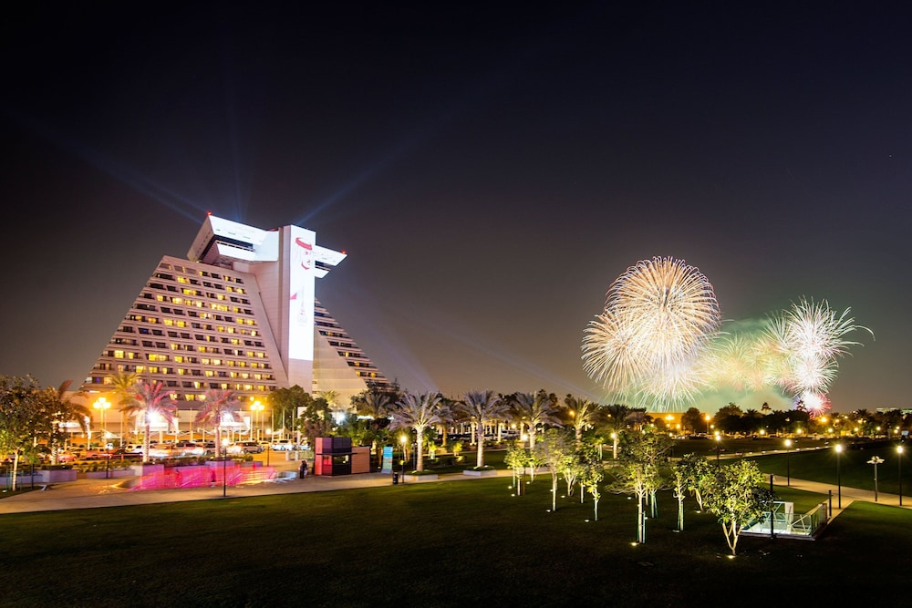 Exterior, Sheraton Grand Doha Resort & Convention Hotel
