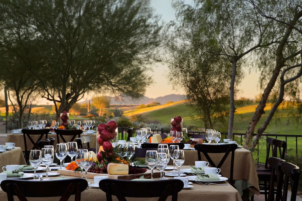 Restaurant, Fairmont Scottsdale Princess