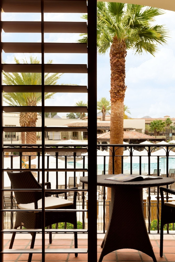 Balcony, Fairmont Scottsdale Princess