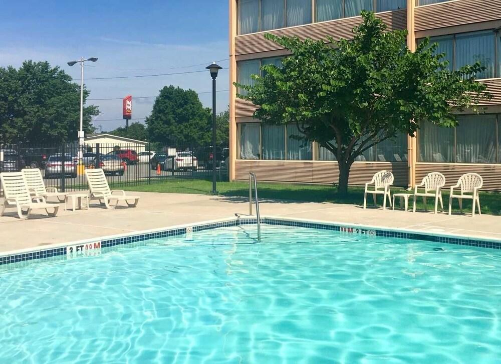 Wyndham Garden Philadelphia Airport In Philadelphia Hotel Rates Reviews On Orbitz