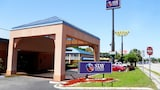 Stay Express Inn & Suites Brunswick - Brunswick Hotels