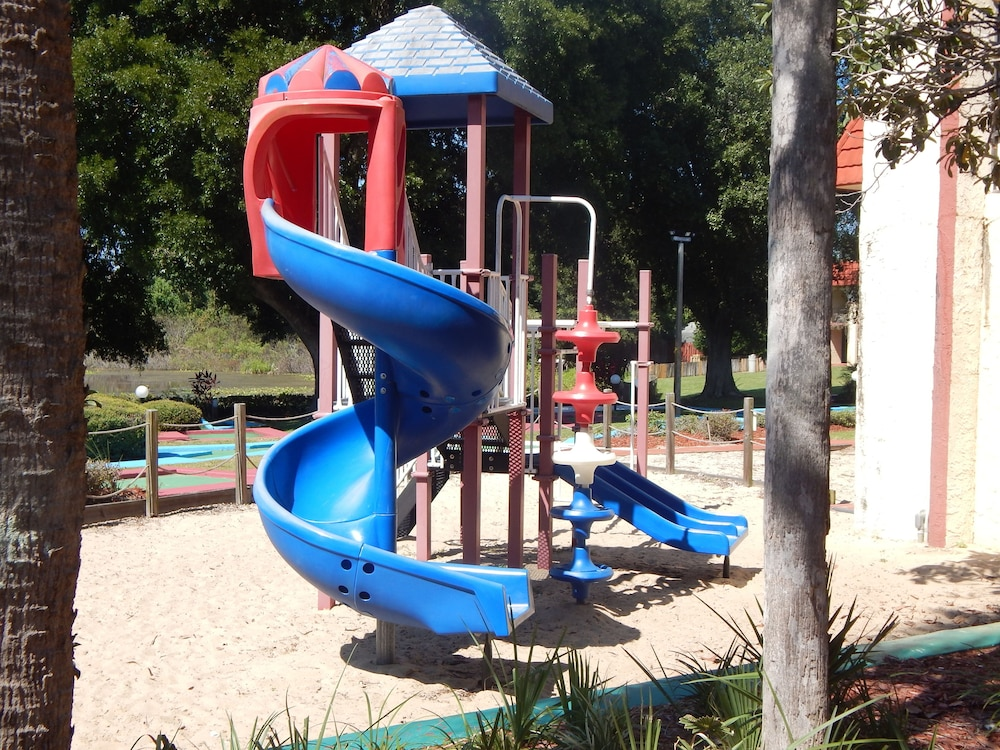 Children's Play Area - Outdoor, Maingate Lakeside Resort