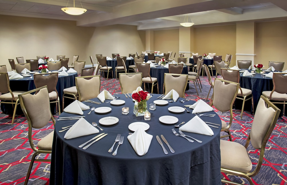 Meeting Facility, Four Points by Sheraton Melville Long Island