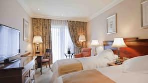 1 bedroom, Egyptian cotton sheets, premium bedding, minibar