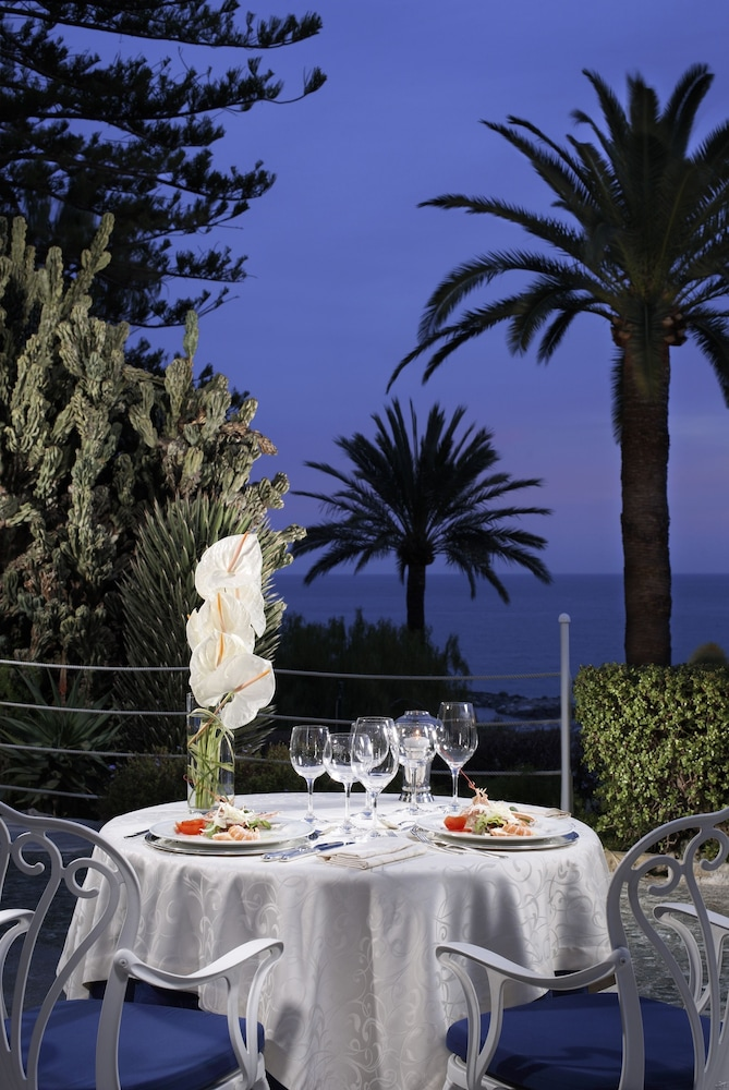 Beach/Ocean View, Royal Hotel San Remo