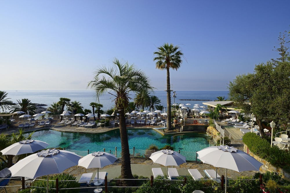Rooftop Pool, Royal Hotel San Remo