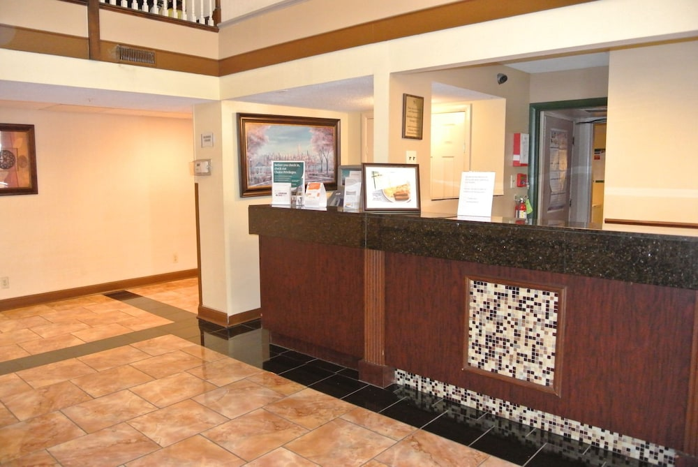 Reception, Quality Inn St. Louis Airport Hotel